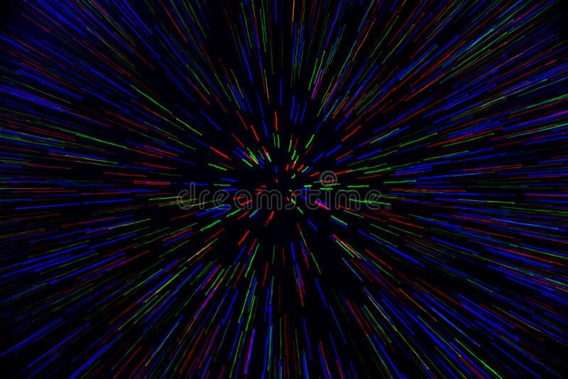 Le radial naturel d'explosion de bourdonnement de lentille a brouillé les points vert-bleu rouges sur le fond noir photos stock