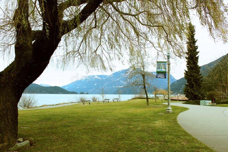 Le ressort est dans le ciel chez Harrison Hot Springs image libre de droits