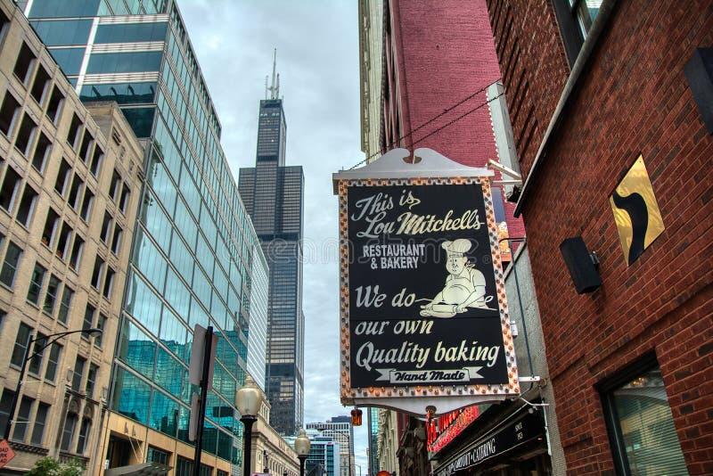 Le restaurant du ` s de Lou Mitchell, est un wagon-restaurant de Chicago image stock