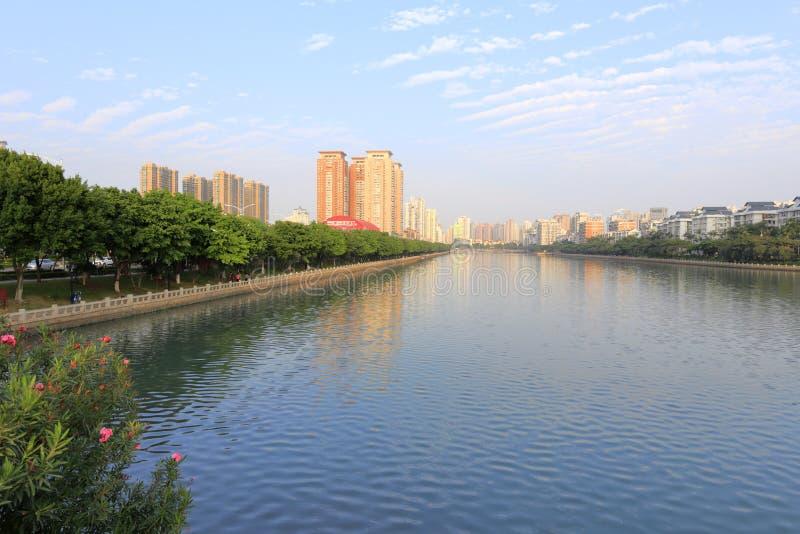 Le rivage du nord-est du lac de yundang photographie stock libre de droits