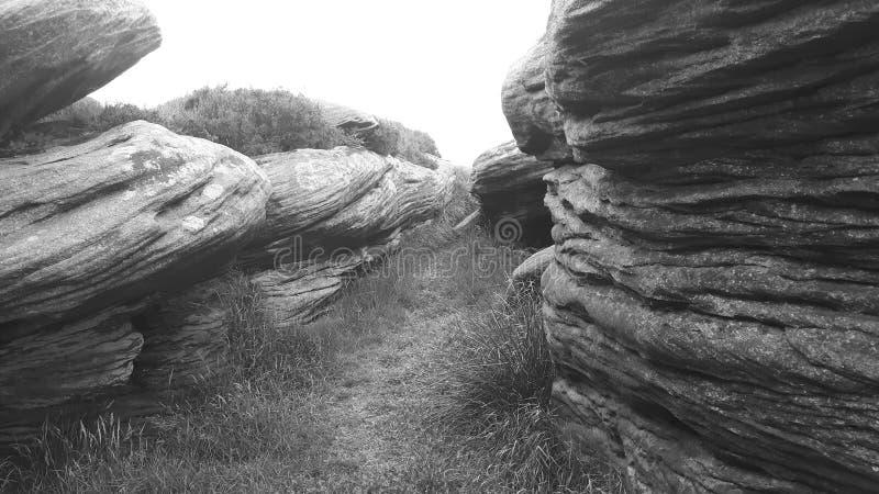 Le rocce? che cosa le hanno che fanno giù là? immagini stock libere da diritti