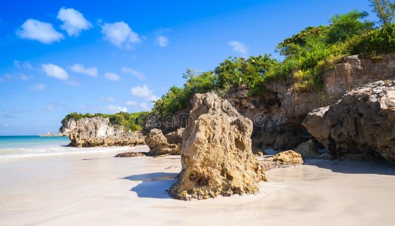 Le rocce costiere di Macao tirano, paesaggio naturale immagine stock libera da diritti