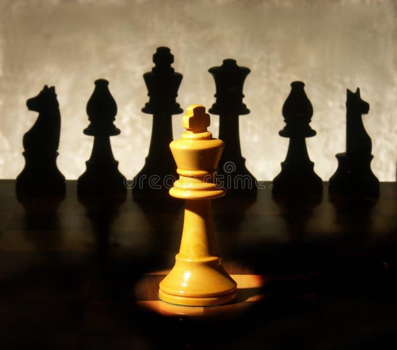 Le Roi Spotlight d'échecs images libres de droits