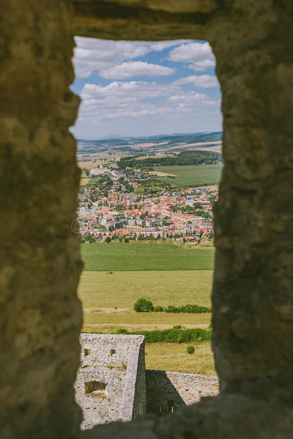 Le rovine del castello di Spis, Slovacchia immagini stock libere da diritti