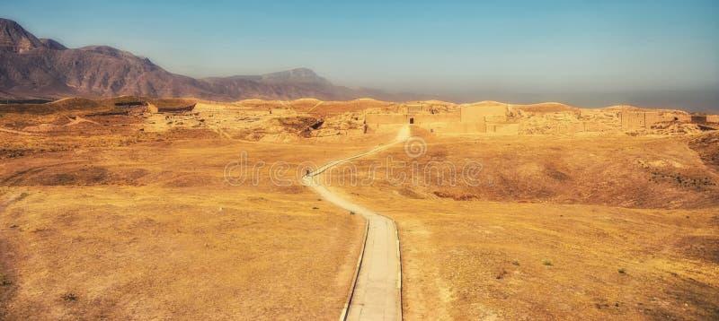 Le rovine della fortezza di Parthian, Nissa, patrimonio mondiale dell'Unesco fotografie stock