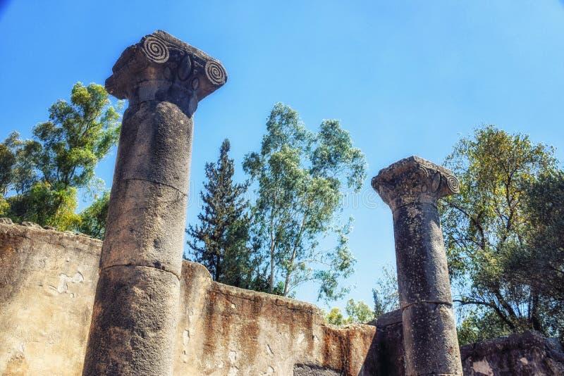 Le rovine della sinagoga talmudica al parco archeologico di Katzrin fotografia stock