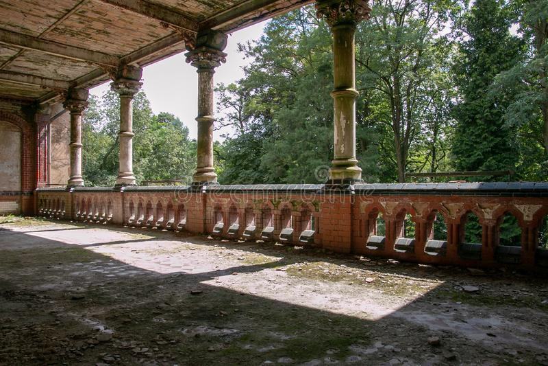 Le rovine di Beelitz-Heilstätten hanno perso il posto Berlin Brandenburg fotografia stock