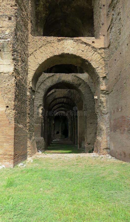 Le rovine di Roma antica, ritrovamenti archeologici, Roma immagine stock libera da diritti