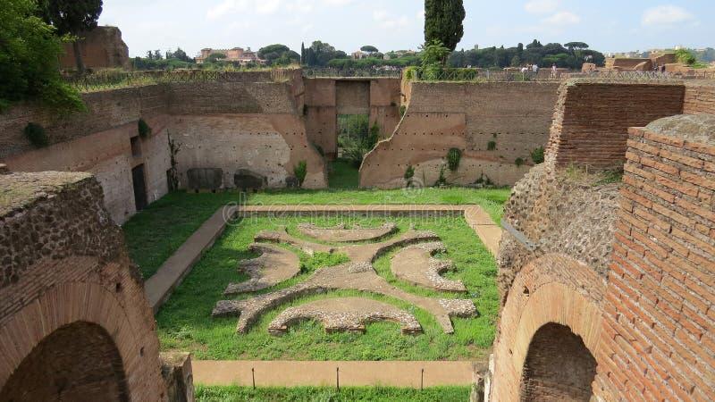 Le rovine di Roma antica, ritrovamenti archeologici, Roma immagini stock libere da diritti