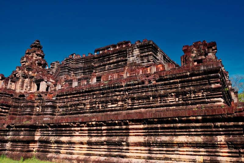 Le rovine di un tempio khmer antico Baphuon Le rovine delle civilizzazioni antiche Costruzioni di pietra magnifiche di Sud-est as immagini stock libere da diritti