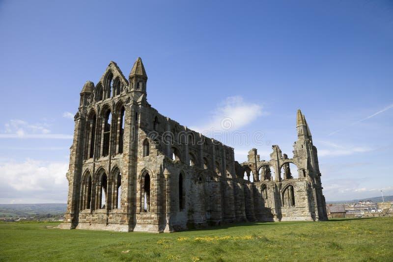 Le rovine di Whitby Abbey, Yorkshire, Inghilterra, Regno Unito immagini stock libere da diritti
