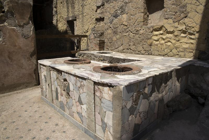 Le ruinsvof romain Herculanum près de Pompéi, Italie photographie stock