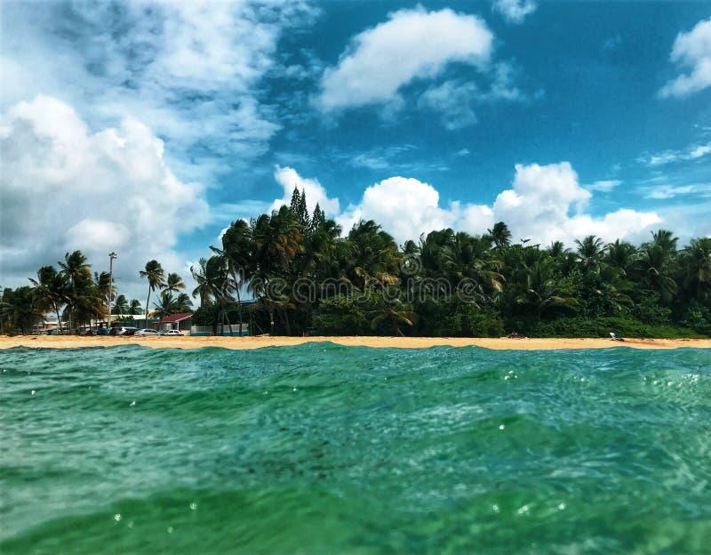 Le rythme de la mer photos stock
