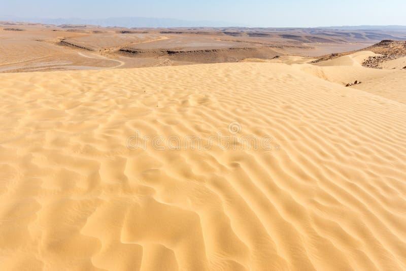 Le sable ondule la vue dunaire de paysage de désert photo libre de droits