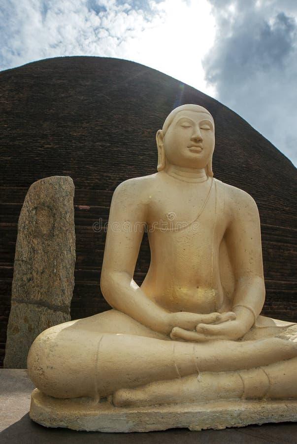 Le Sandagiri Stupa à Tissamaharama au Sri Lanka images stock