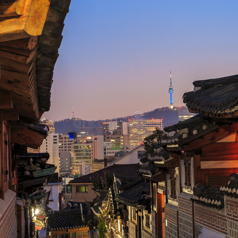 Download Le Secteur Historique De Bukchon Hanok Photo stock - Image du asie, voisinage: 56475284