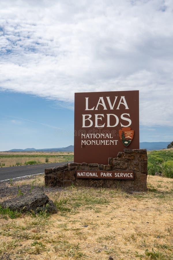 Le signe d'entrée pour Lava Beds National Monument en Californie du nord, permet des visiteurs à photo libre de droits