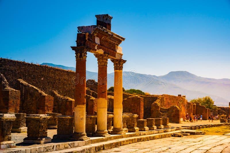 Le site antique célèbre de Pompeii, près de Naples photographie stock