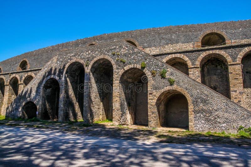 Le site antique célèbre de Pompeii, près de Naples Il a été complètement détruit par l'éruption du mont Vésuve l'Italie photographie stock libre de droits