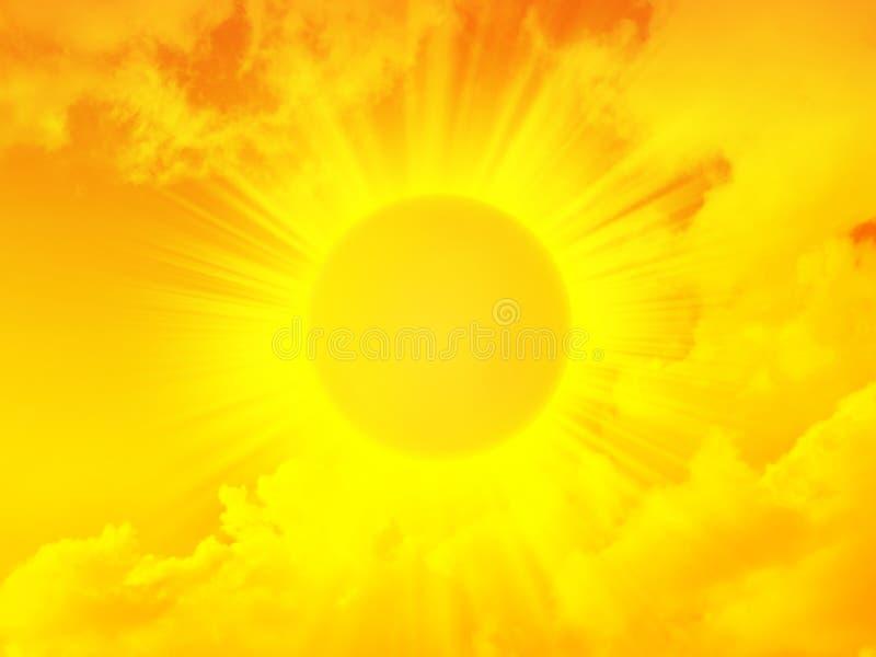 Le soleil brillant de matin d'or photographie stock