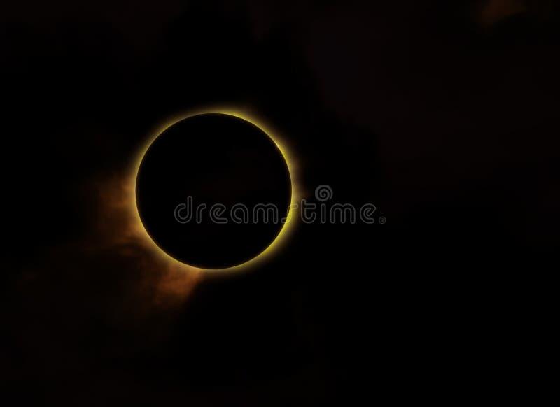 Le soleil d'éclipse photo stock