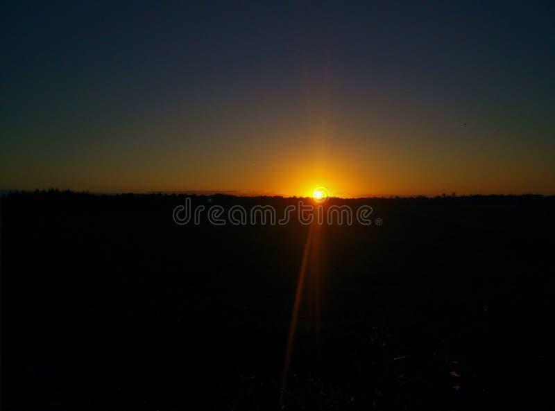 Le soleil d'au revoir photos libres de droits