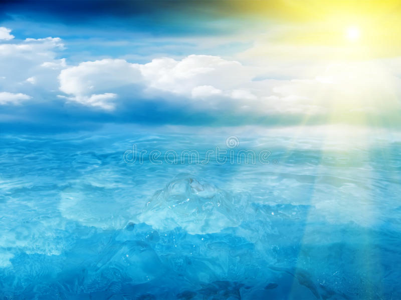 Le soleil de ciel de l'eau photos libres de droits