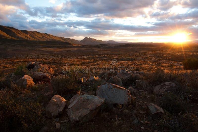 Le soleil de désert photo stock