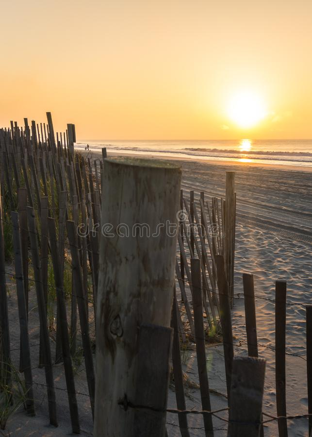 Le soleil de matin est brillant brillamment images stock