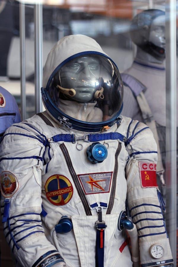Le spacesuit soviétique avec des symboles de l'URSS photographie stock