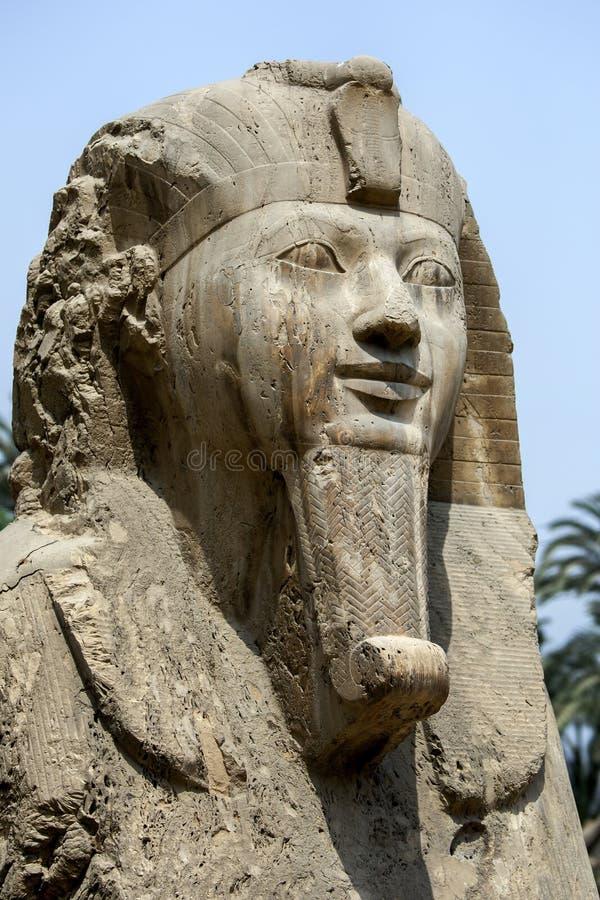 Le sphinx d'albâtre d'Amun-Ofis II photo stock