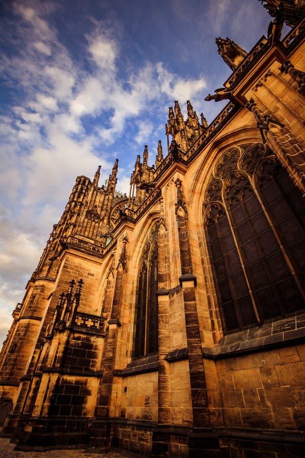 Le St Vitus Cathedral sur le château de Prague en été, République Tchèque photographie stock