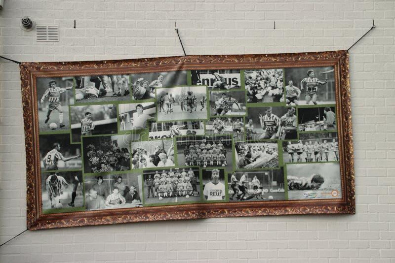 Le stade de football abandonné à Wageningen a appelé l'iceberg de Wageningse photo stock