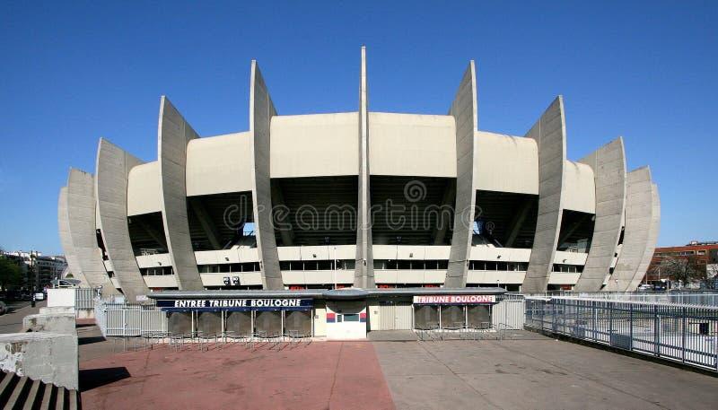 Le stade parc des princes. Le Parc des Princes est un stade constuit en 1972 par l'architecte Roger Taillibert, il est situé dans la ville de Paris en France royalty free stock photos