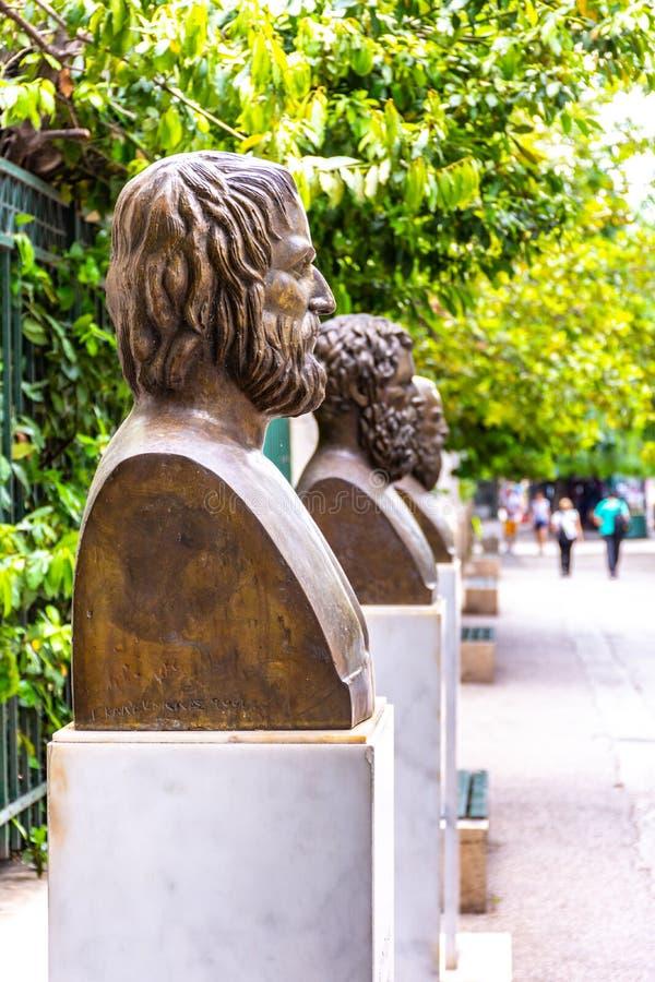 Le statue dei tre poeti, Euripide, Sofocle e Aeschylus tragici greci fotografia stock