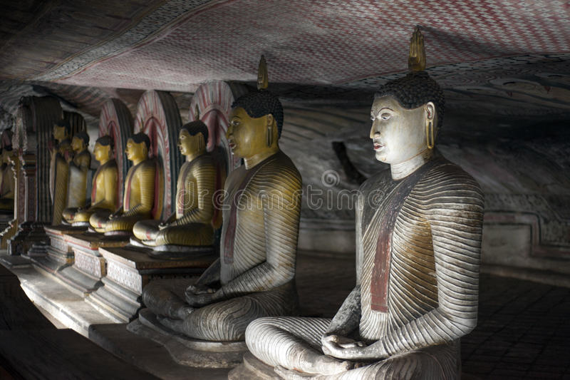 Le statue del Buddha a Dambulla oscillano il tempiale, Sri Lanka fotografie stock libere da diritti