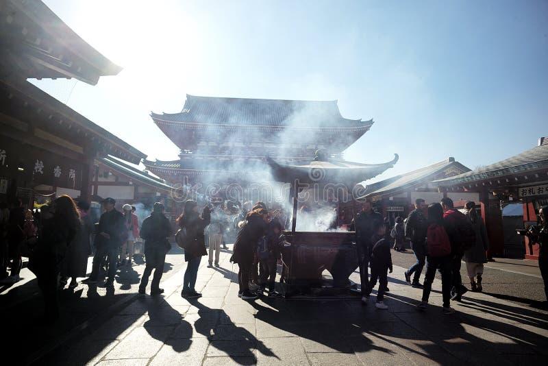 Le stazioni buddisti di incenso, tempio buddista del tempio di Sensoji individuano fotografia stock libera da diritti