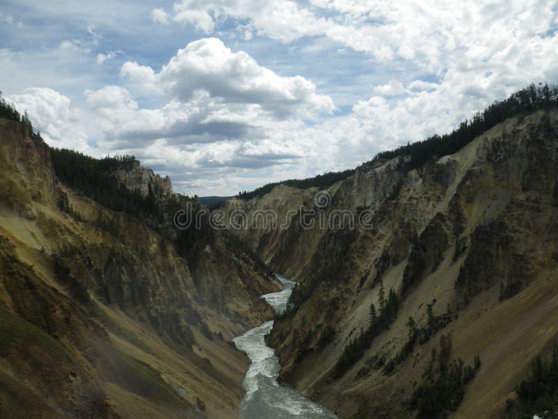 Le stimulant tombe Yellowstone photos stock