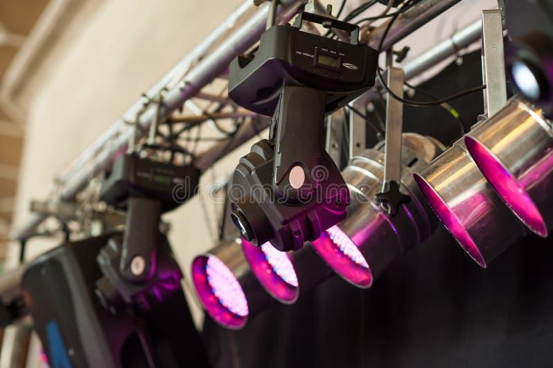 Le strutture dell'illuminazione di fase accende l'attrezzatura fotografia stock