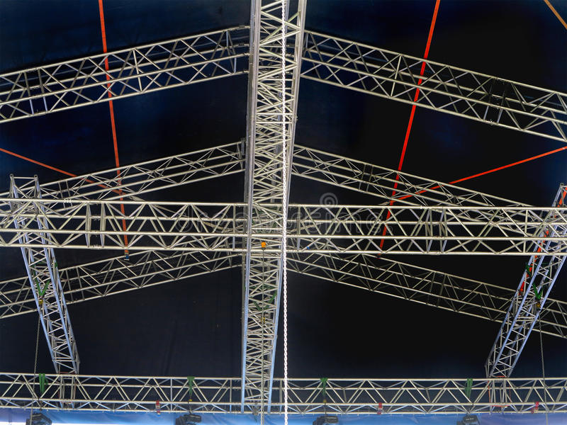 Le strutture per l'illuminazione di fase accende l'attrezzatura ed il proiettore immagini stock