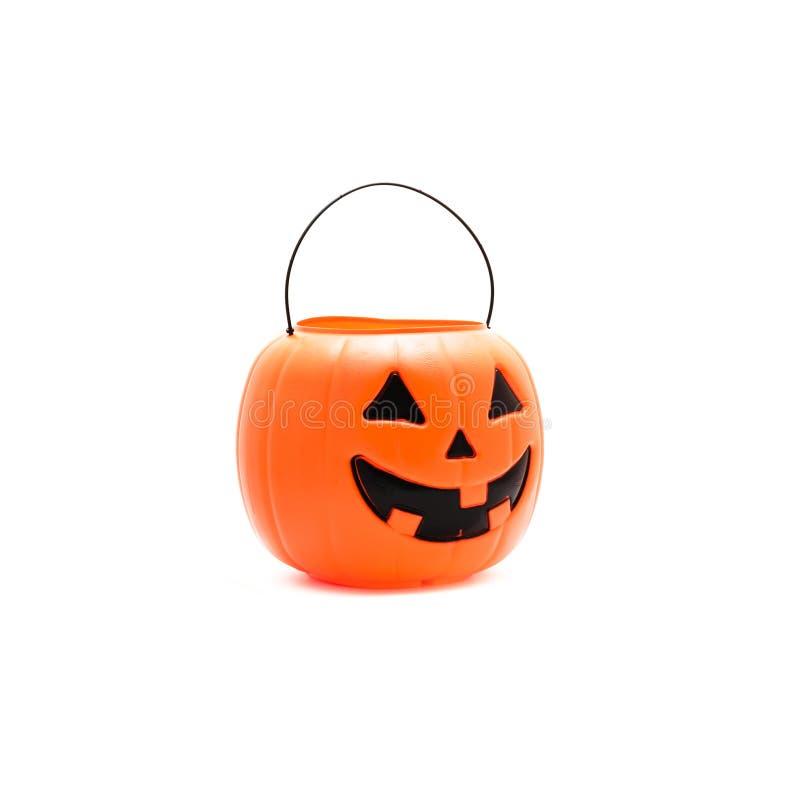Le studio a tiré le seau de potiron de Halloween de lanterne de ` de Jack O d'isolement sur W photo libre de droits