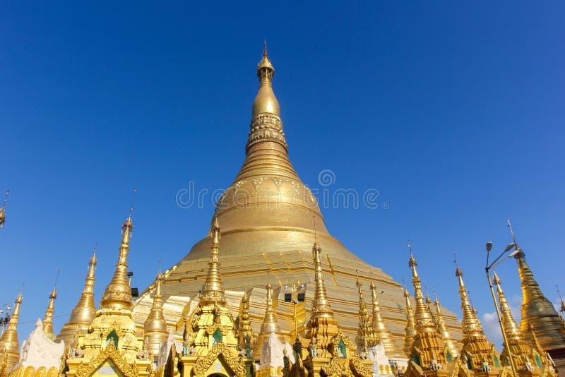 Le stupa principal de la pagoda de Shwedagon photos stock