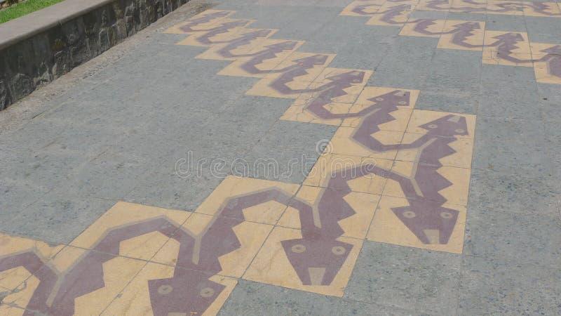 Le style antique figure d'une allée piétonnière dans l'Ancon photo libre de droits