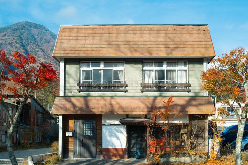 Le style de maison de Japaness est situé au lac Chuzenji image stock