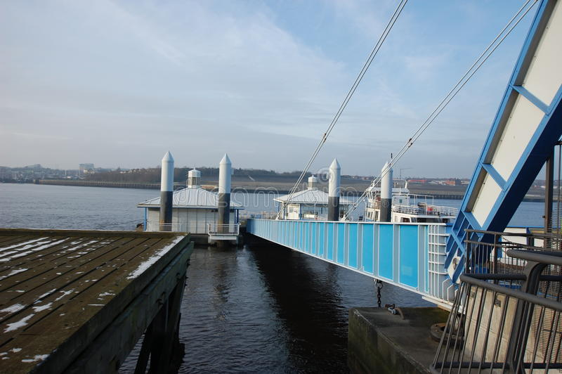 Le sud protège l'atterrissage de ferry image stock