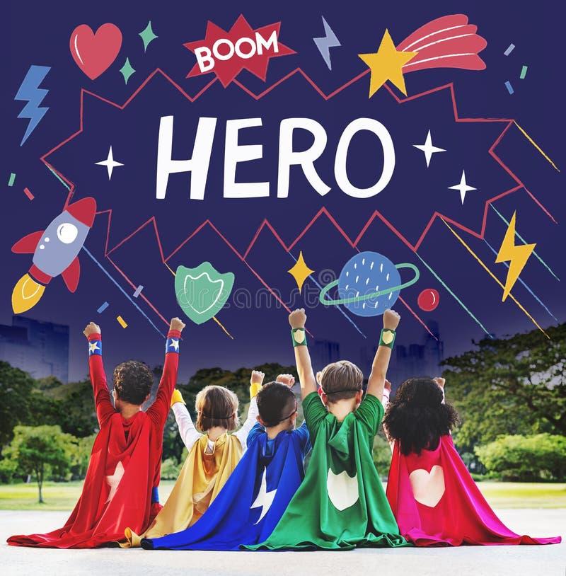 Le super héros badine le concept d'aide de puissance d'imagination images stock