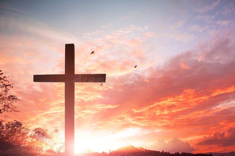 Le symbole croisé du rachat, Vendredi Saint, salut photos stock