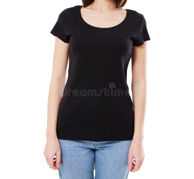 Le T-shirt noir de femme d'isolement, T-shirt cultivé de portrait a isolé photos stock