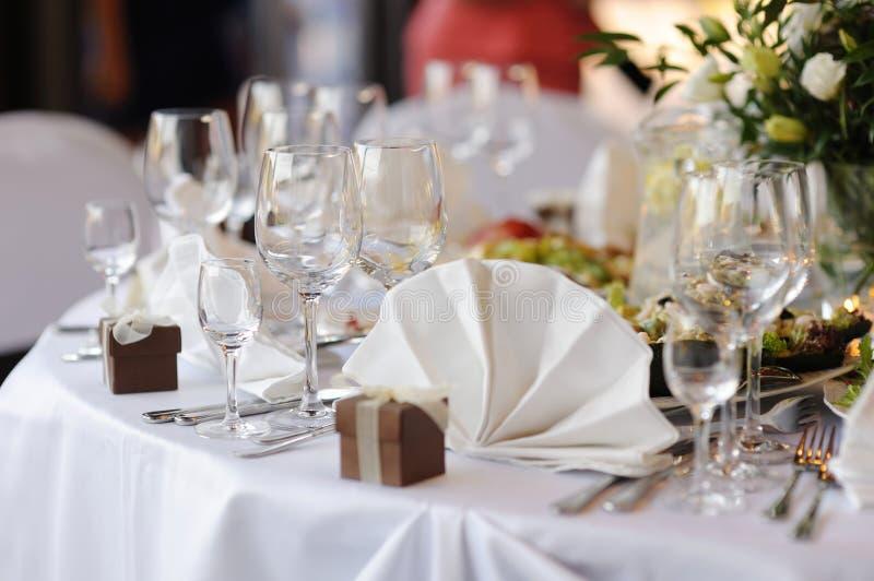 Le Tableau a placé pour une réception ou un dîner de fête photos libres de droits