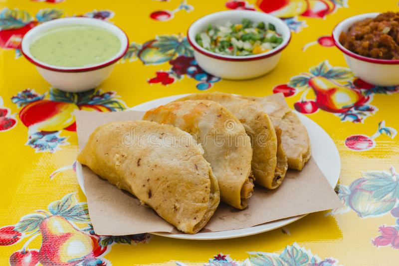 Le Tacos de canasta est nourriture mexicaine traditionnelle à Mexico images stock
